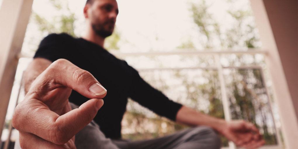 la méditation rend heureux